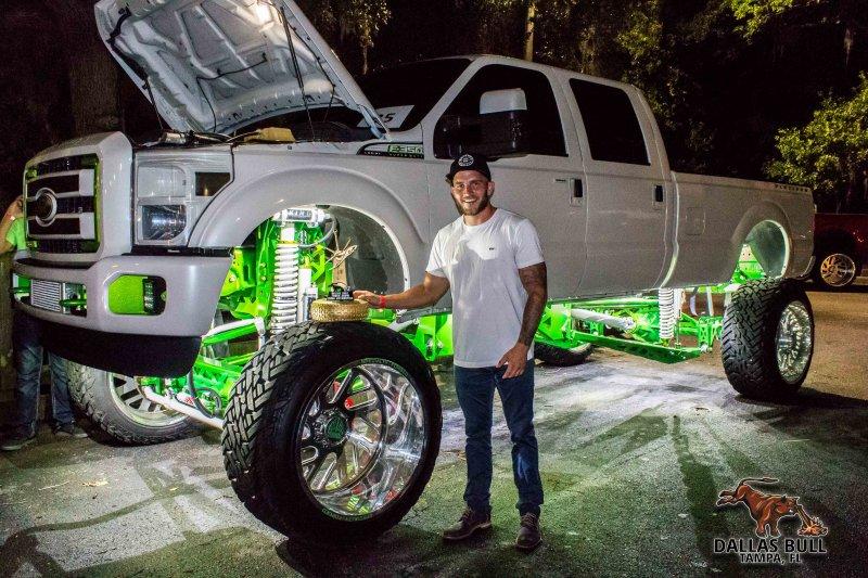 Image 92 Truck Show June 10th 2016 Dallas Bull Photo